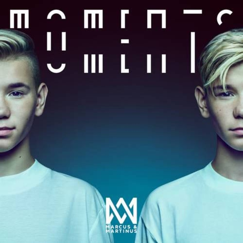 Moments (Deluxe)