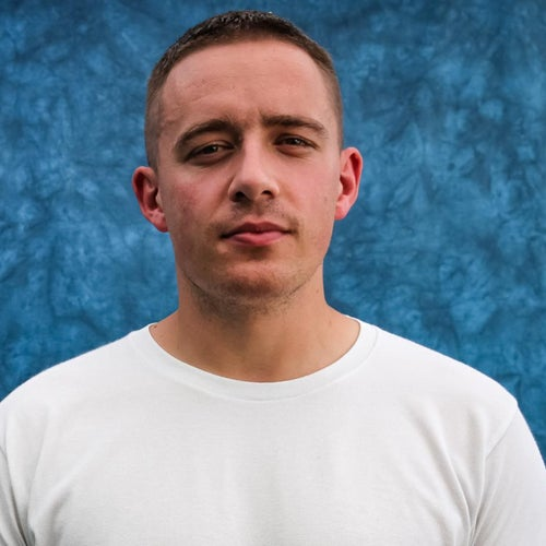 Dermot Kennedy Profile